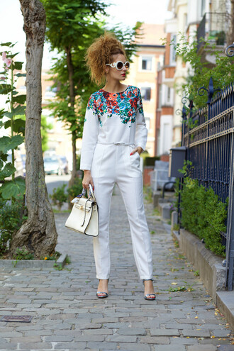 from brussels with love blogger jumpsuit bag shoes sunglasses