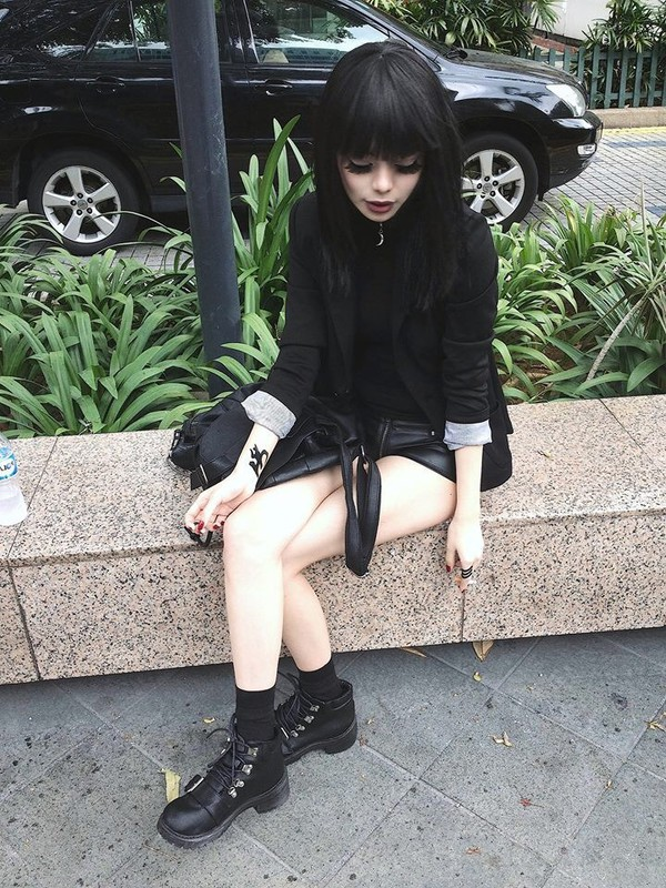 shoes black goth dark japanese girly girl tumblr wylona hayashi beautiful boots jacket