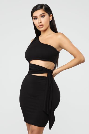 Simply Sexy One Shoulder Mini Dress - Black