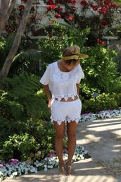 shoes,hat,shirt,shorts,pants,and shirt,t-shirt,blouse,lace set,white,cute,outfit,summer,chiffon,pattern,top,bottom,tank top,crop tops,summer dress,beyonce