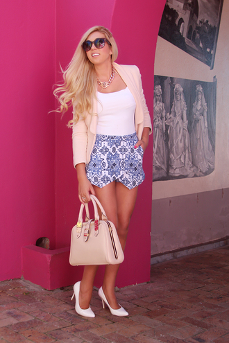 superficial girls blogger pink bag white heels skorts pattern spring outfits