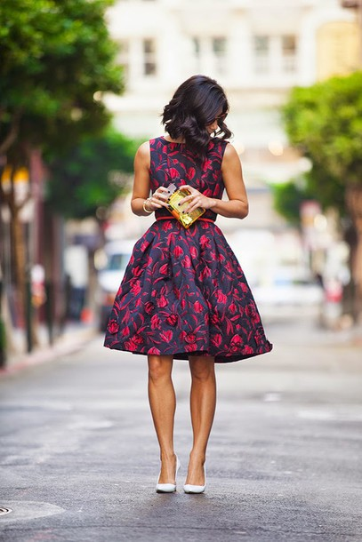 this time tomorrow blogger floral dress