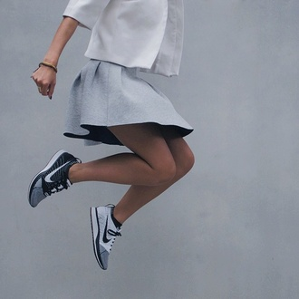 simple pure minimalist sporty chic jacket shoes