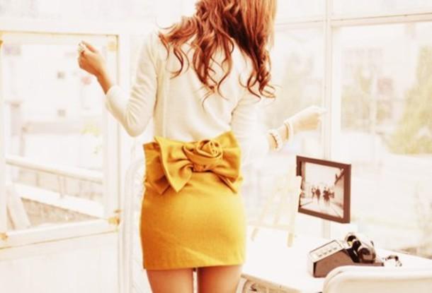 yellow bow skirt classy