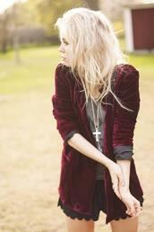 jacket,red,grunge,rock,english sweater,hipster,cute,shorts,velvet,burgundy jacket,blazer,red velvet,coat,vintage jacket,burgundy,burgundy sweater