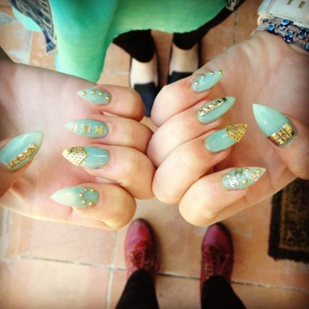 nail polish, gold, chanel inspired, cute, funny, nails, nail art ...