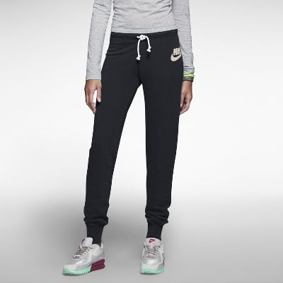 Nike Store. Nike Rally Tight Women's Pants. Nike Store