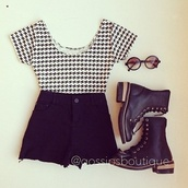 shirt,vintage levi's shorts black high waisted,outfit,black and white shirt,combat boots,shorts,shoes,sunglasses