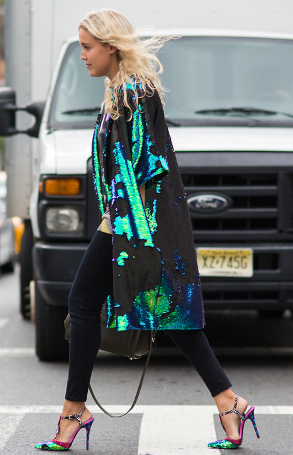 hologram coat nyc fashion week nyc fashion holographic coat fashion week 2014