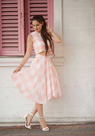 the bow-tie blogger top skirt shoes bag jewels