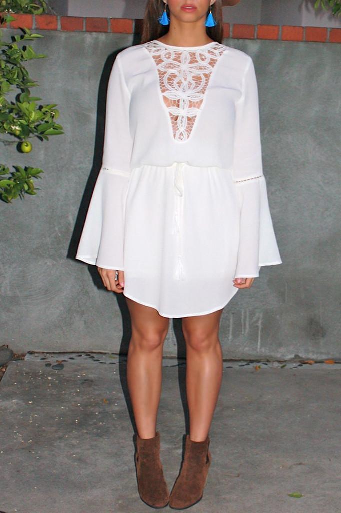 Aguas blancas lace dress