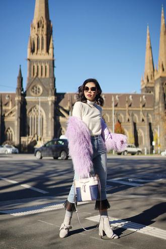 olivia lazuardy blogger sunglasses jeans bag shoes fuzzy coat ankle boots cropped pants handbag fall outfits