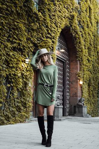 lisa olsson blogger dress shoes hat belt long sleeves green dress knee high boots suede boots grey hat khaki