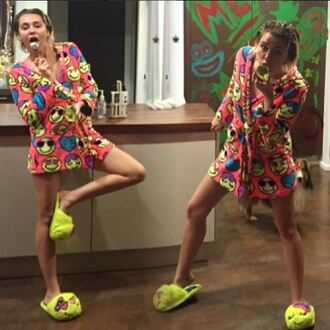 shoes robe pajamas slippers miley cyrus instagram