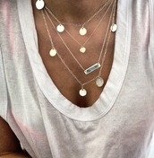 jewels,necklace,silver,gold,chain,silverchains,tan,white top,white,top,jewelry,boho,style,summer,thin,where to get this necklace,layered,bar necklace,jeans,green,ripped jeans,home accessory,makeup table