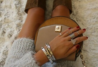 style by nelli blogger shoes sweater bag jewels