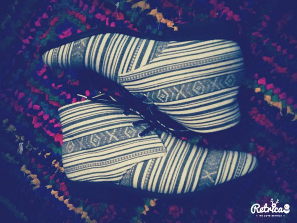 shoes boots forever 21 shoes fashion hippie black and white shoes african style african print hippie