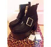 boots,platform shoes,platform boots,black,buckle boots,buckles,zip,zip ankle boots,ankle boots