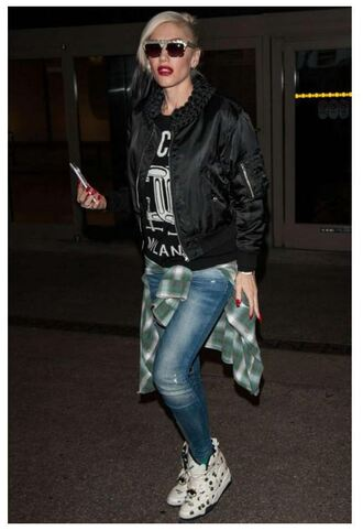 jeans top gwen stefani sneakers jacket shirt t-shirt sweater