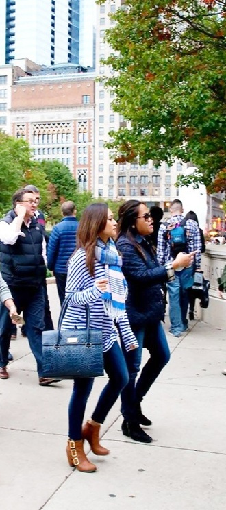 jeans top navy blue purse tight jeans skin tight skinny jeans skinny pants skinny stripes blue stripes long blouse cute top cute sweater style fashion boots ankle boots ankleboots ankle heels brown boots light brown boots bag bags and purses handbag big purse purse blue purse