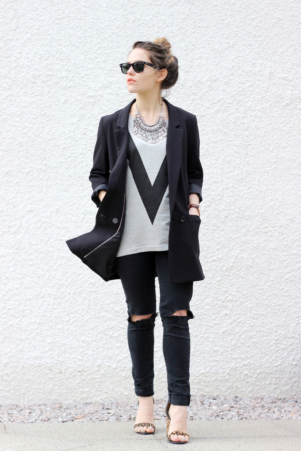 the little magpie t-shirt jeans jacket shoes jewels