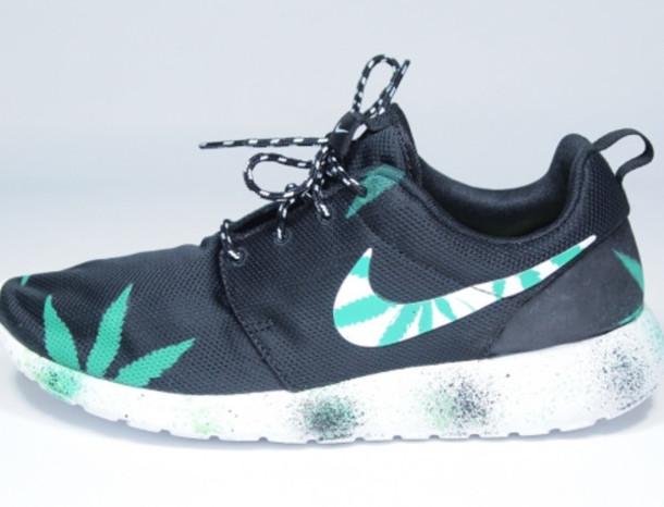 shoes high top sneakers sneakers nike roshe run roshe run cannabis