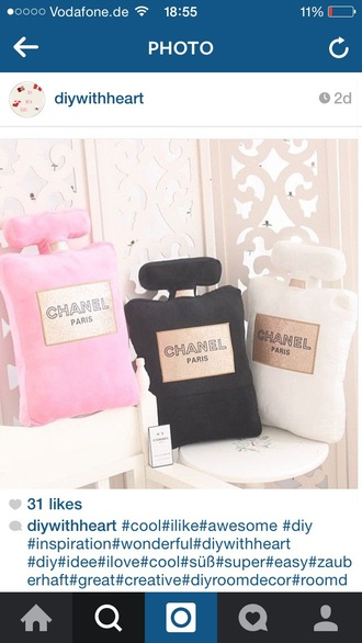 home accessory chanel cute pillow