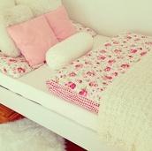 bedding,roses,romantic,girly,nail polish