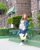tf diaries,blogger,shoes,top,leather jacket,basket bag,maternity,sneakers,jeans,jacket,striped top