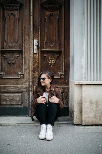 dariadaria blogger jacket shoes jeans top
