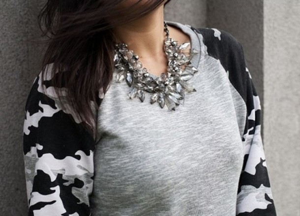 sweater clothes clothes military style jeffrey campbell black grey t-shirt sweatshirt camouflage camouflage necklace jewels shirt