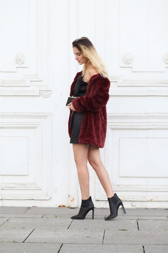 from brussels with love blogger dress shoes coat bag fur coat mini dress ankle boots