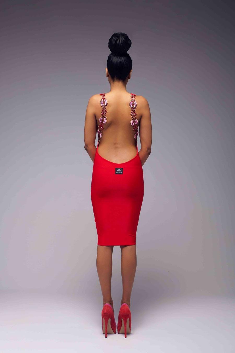 Alice's boutique :: v neck backless beaded bodycon dress