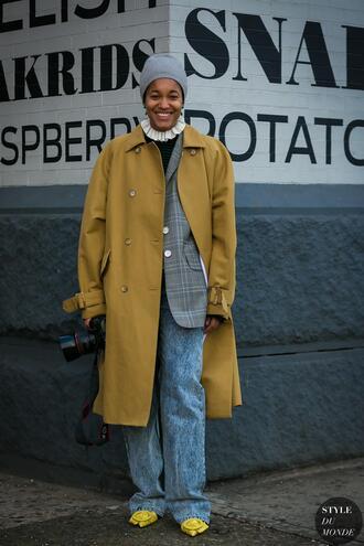 coat tumblr yellow yellow coat oversized oversized coat trench coat denim jeans blue jeans blazer grey blazer beanie grey beanie