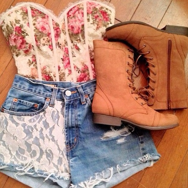 blouse floral shorts shoes strapless