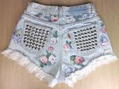 shorts,flowers,clothes,floral,studs,vintage,lace,denim,love,kawaii,flowered shorts,high waisted levi's shorts