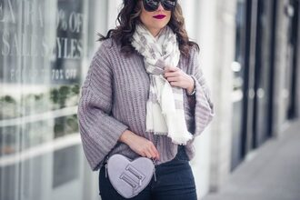 live more beautifully blogger bag scarf shoes sunglasses jewels