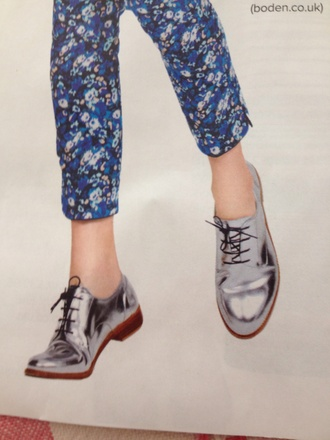 vans shoes pants floral indie formal jellies jellies high heels wedges mag holographic holographic shoes black trousers vogue magazine metalic shoes