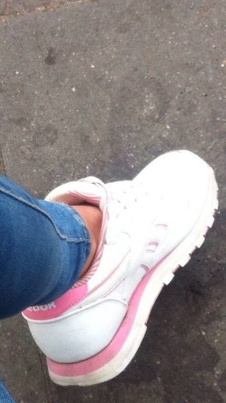 shoes white pink sneakers reebok classics reebok reebok classic