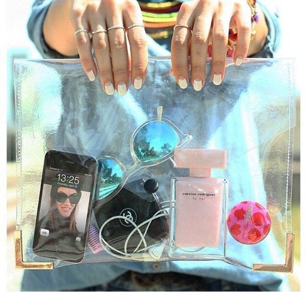 bag iphone purfume ring sunglasses