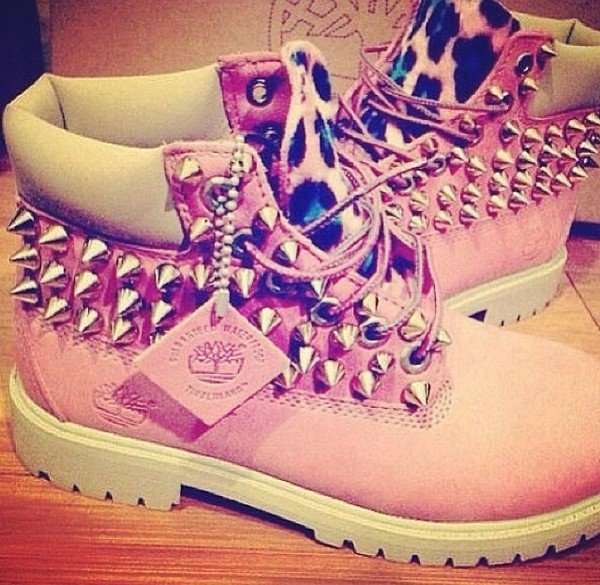 shoes timberlands pink cheetah