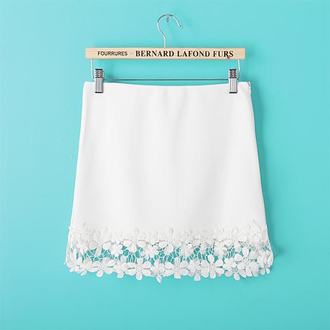 mini skirt white skirt floral skirt lace hem lace skirt