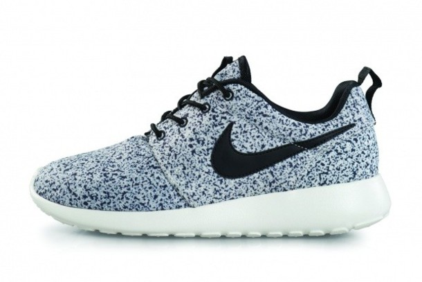 420e10d3d shoes cookies and cream nike roshe run nike nike roshe run nike shoes  womens roshe runs