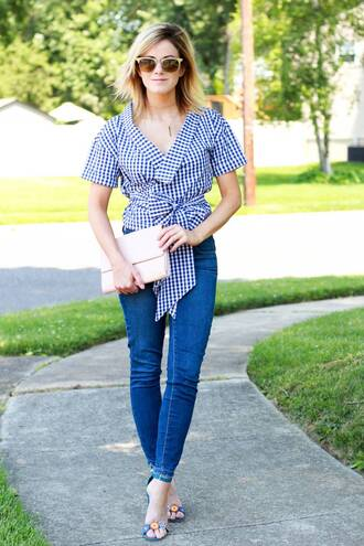 kim tuttle the knotted chain - a style blog by kim tuttle blogger top jeans shoes bag jewels skinny jeans gingham clutch sandals summer outfits