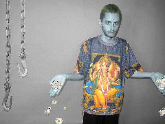 Ganesha print t shirt l par yard666sale sur etsy