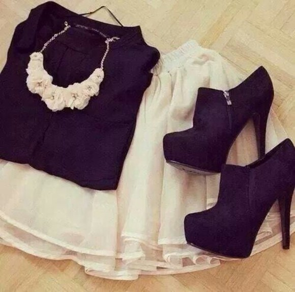 pumps jewels sweater