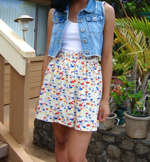 Sweetheart Print Pleated Mini Skirt - OASAP.com