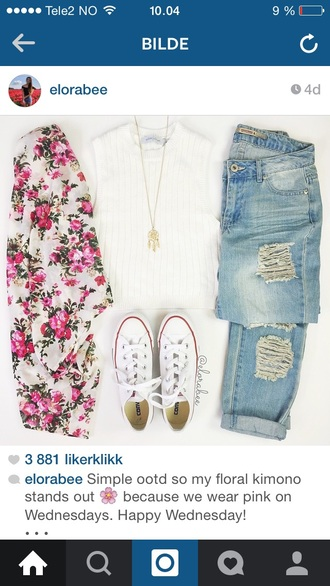 cardigan shoes jeans t-shirt jewels