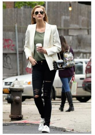 top jacket blazer karlie kloss spring spring outfits ripped jeans jeans black jeans white blazer aviator sunglasses mini bag black bag white sneakers