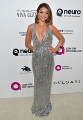 dress,sarah hyland,metallic,sequins,silver,plunge dress,gown,prom dress,oscars 2016